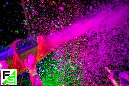 Foam-Glow-Photographer-LR-7791